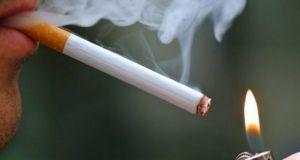 Αντικαπνιστικός νόμος: «Κατρακύλα» του τζίρου, απολύσεις και λουκέτα σε καταστήματα
