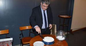 Η Κοπή της πρωτοχρονιάτικης πίτας των φιλοτελιστών Αγρινίου