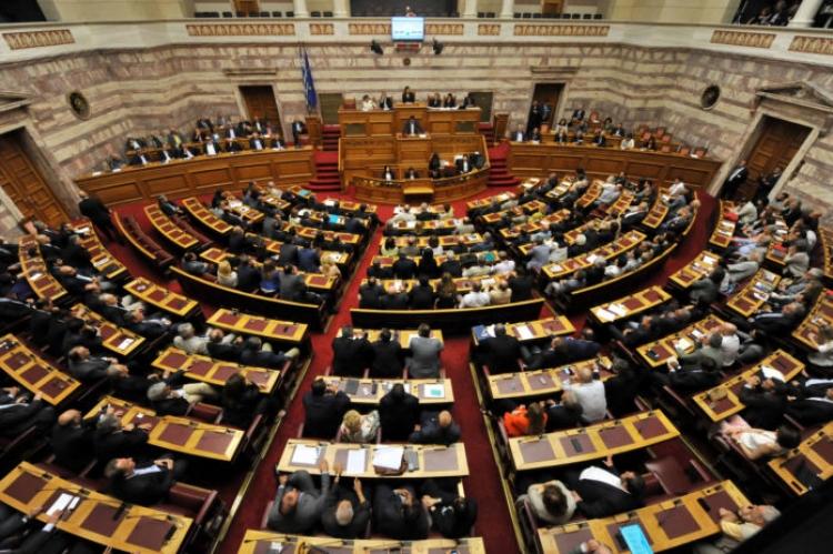 Ψηφίστηκε η Αναθεώρηση: Αποσυνδέεται η διάλυση της Βουλής από την εκλογή ΠτΔ