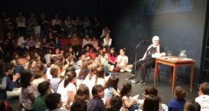 «Παραμύθια με την Ξένια, λίγο φοβιστικά» στο Μικρό Θέατρο Αγρινίου…