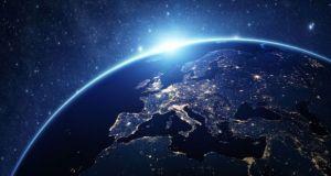 Επενδύσεις ύψους 20 δις ευρώ στην Τεχνητή Νοημοσύνη επιδιώκει η…