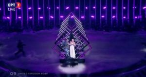 Eurovision 2018: Όρμησε στην σκηνή και άρπαξε το μικρόφωνο! Τρομοκρατημένη…
