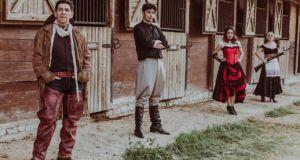 Αγρίνιο-«Ελληνίς»: Η θεατρική παράσταση «Άγρια Δύση» μετατίθεται για τις 03…