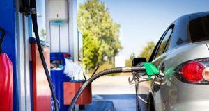 ΡΑΕ: Άμεσα πλαφόν στη βενζίνη σε 17 νομούς