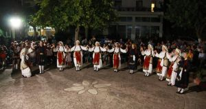 Εκδήλωση με παραδοσιακούς ρυθμούς στα Καλύβια Αγρινίου (Φωτό)
