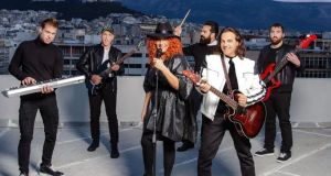 Karmica: Έντεχνη και ροκ ελληνική μουσική σκηνή με τον Μεσολογγίτη…