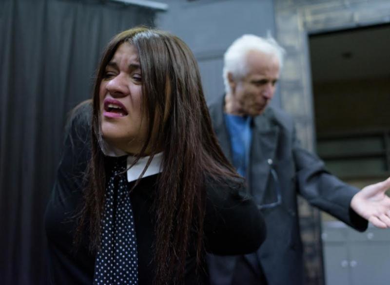 ΔΗ.ΠΕ.ΘΕ. Αγρινίου: Τρεις τελευταίες παραστάσεις για την παράσταση «Το Μάθημα»