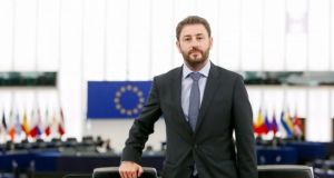 Ανδρουλάκης σε Μπορρέλ: Πρέπει να ενισχυθεί η επιχείρηση Ειρήνη