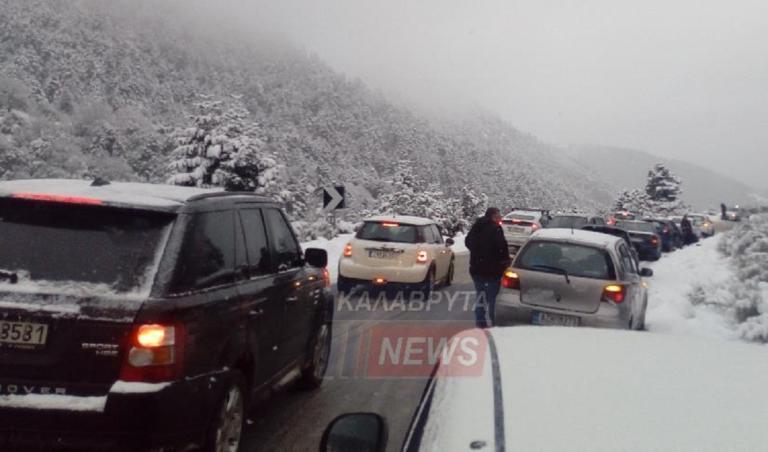 Καραμπόλα 20 αυτοκινήτων στα Καλάβρυτα λόγω παγετού!