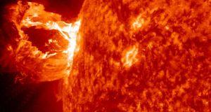 Αστρική έκλαμψη «μαμούθ» – «Είδαμε» το φως 1.500 χρόνια μετά!