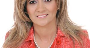 Αιτ/νία: Δυναμική υποψηφιότητα της Αγγελικής Ρούση-Ντζιμάνη στο ψηφοδέλτιο Κατσιφάρα