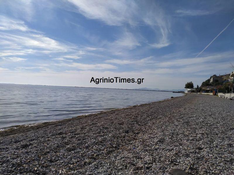 Παραλία Μενιδίου Αιτ/νίας: 59χρονος φωτογράφιζε ανήλικα κορίτσια και συνελήφθη!