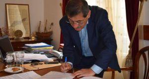 Δήμος Πατρέων: Υπογραφή σύμβασης για τη διαμόρφωση των σφαγείων με…