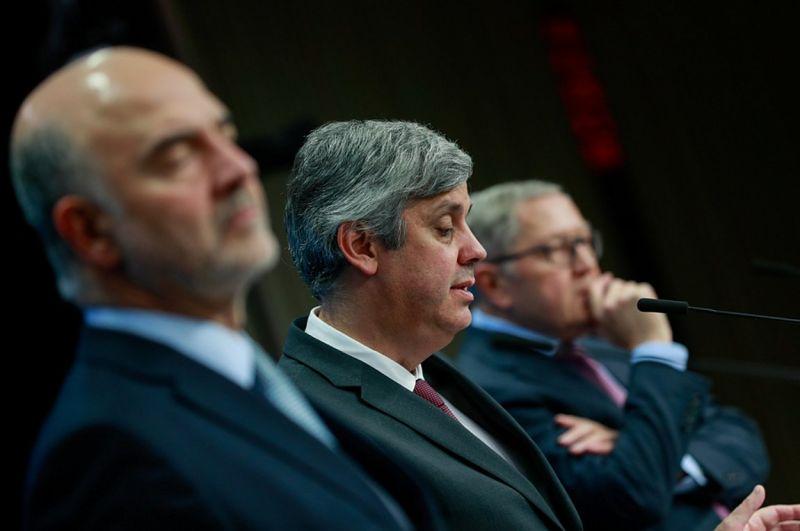 Σοβαρή ανησυχία στο Εurogroup για τις παροχές – Όχι στο σχέδιο για τα πλεονάσματα