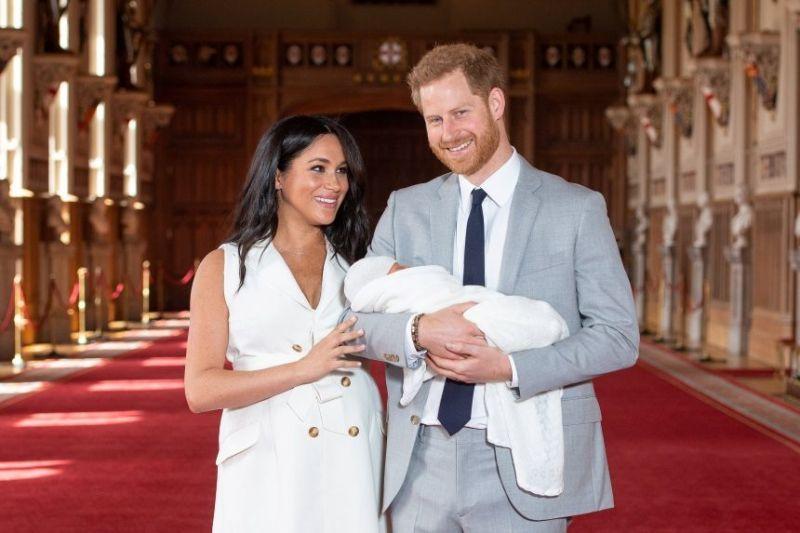 Πρίγκιπας Χάρι - Μέγκαν Μαρκλ: Oι πρώτες εικόνες με το βασιλικό ...