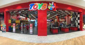 Τα Jumbo αποκτούν διεθνή ανταγωνιστή – Τα Toys Center έρχονται…