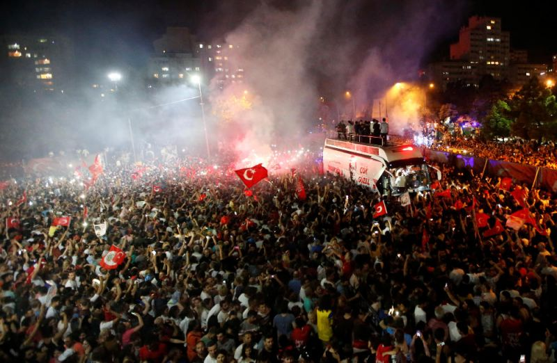 Κωνσταντινούπολη: Ηχηρό «χαστούκι» στον Ταγίπ Ερντογάν είναιο θρίαμβος του Εκρέμ Ιμάμογλου