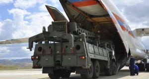 Οι S-400 έφτασαν στην Τουρκία – Όλα τα πιθανά σενάρια…