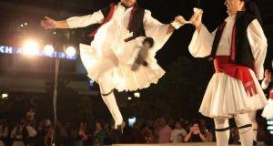 Αγρίνιο: Διεθνές Φεστιβάλ Παραδοσιακών Χορών – Eλληνική Bραδιά (Φωτό)