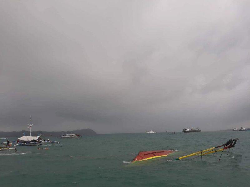 Τραγωδία στις Φιλιππίνες – 26 νεκροί από βύθιση τριών σκαφών