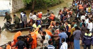 Iνδία: Τουλάχιστον 184 νεκροί από πλημμύρες, 1 εκατ. οι εκτοπισμένοι