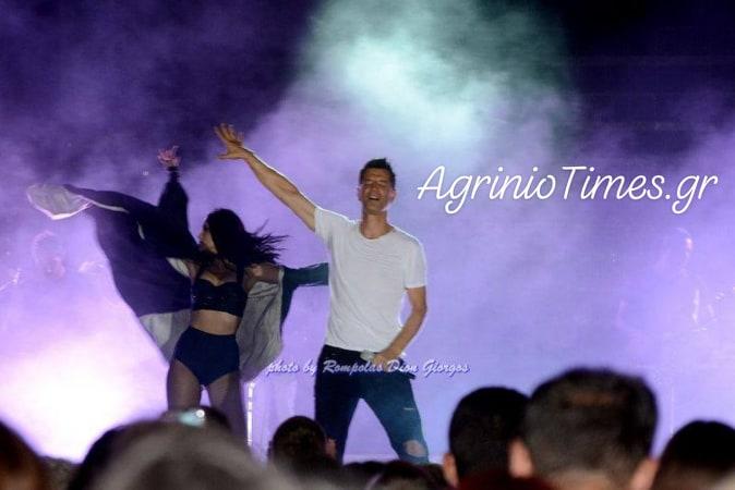 Αμφιλοχία: Αποθεώθηκε ο κορυφαίος Έλληνας σταρ, Σάκης Ρουβάς! (Φωτορεπορτάζ AgrinioTimes.gr)