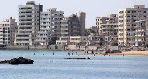Οι Τουρκοκύπριοι «άνοιξαν» την Αμμόχωστο (Βίντεο – Φωτό)