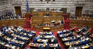 Ψηφίζεται Αυτοδιοικητική Πολυτροπολογία ΥΠ.ΕΣ.: Ποια 14 θέματα ρυθμίζει