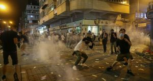 Χονγκ Κονγκ: Η αστυνομία εκτόξευσε δακρυγόνα εναντίον διαδηλωτών