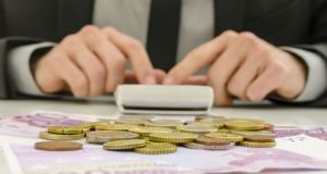 Τρεις ΕΝΦΙΑ χάνει η Ελλάδα από τη φοροδιαφυγή ΦΠΑ