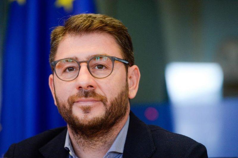 Νίκος Ανδρουλάκης: Καίγονται και σφυρίζουν αδιάφορα