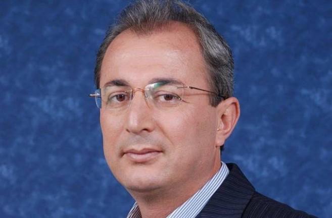 Ο Δήμαρχος Θέρμου, Σπύρος Κωνσταντάρας, προσφέρει τον μισό μισθό του