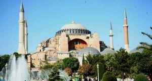 Έτοιμοι οι Τούρκοι να κάνουν τζαμί την Αγιά Σοφιά –…