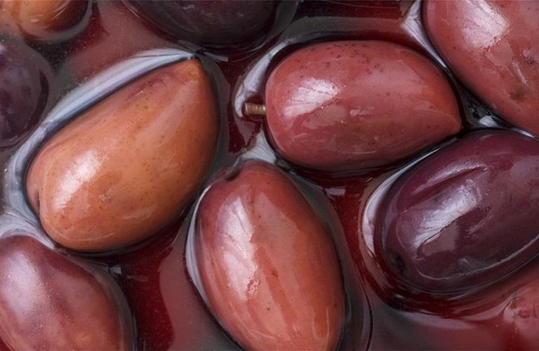 Εκβιαστικές πιέσεις από μεσίτες δέχονται οι παραγωγοί Καλαμών στην Αιτωλοακαρνανία