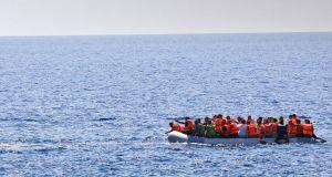 Τουρκία: Καταγγελίες για πυροβολισμούς πάνω από 100 φορές σε σκάφος…