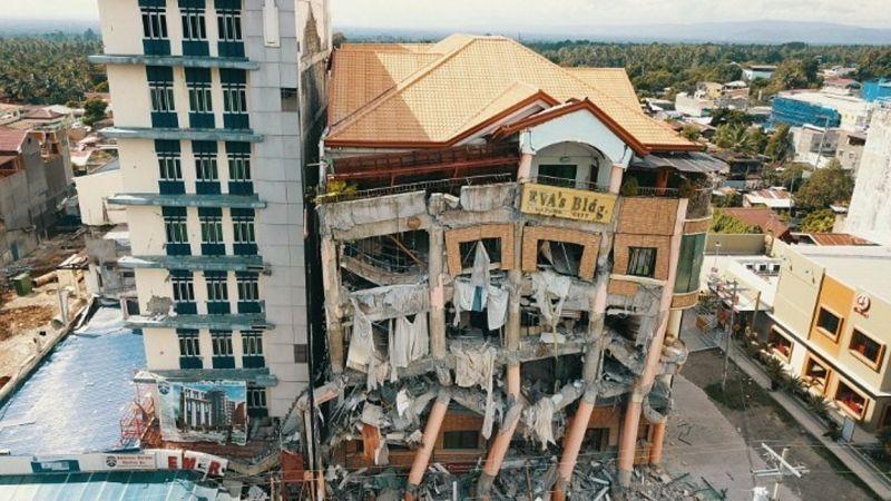 Φιλιππίνες: Στους 21 οι νεκροί από το διπλό χτύπημα του Εγκέλαδου
