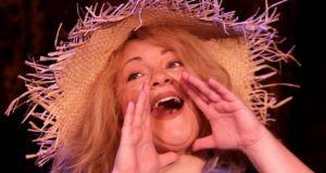 Θέατρο Μπέλλος: Παράταση της παράστασης «Η Καθαρίστρια»!