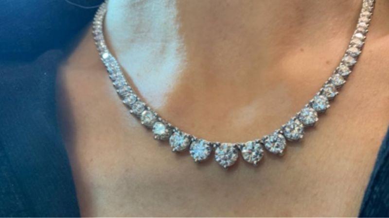 Ληστεία μαμούθ στο Λονδίνο: Πήραν κοσμήματα αξίας άνω του €1 εκατ.