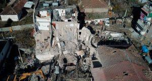 Φονικός σεισμός στην Αλβανία: Μεγαλώνει ο απολογισμός των νεκρών, αγωνία…