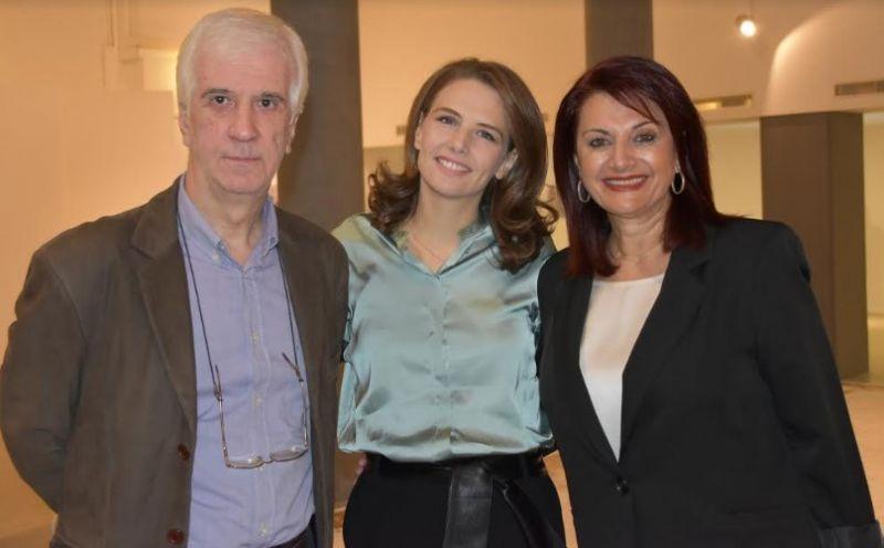 Αγρίνιο: Εγκαινιάστηκε η έκθεση φωτογραφιών και εγκατάστασης της Νάντιας Σκορδοπούλου