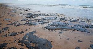 Βραζιλία: Η πετρελαιοκηλίδα έφτασε για πρώτη φορά στην πολιτεία του…