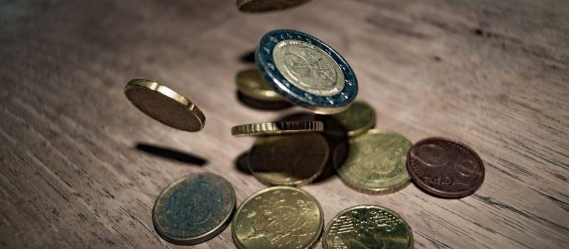 Συντάξεις: Δείτε ποιοι είναι οι… τυχεροί που θα λάβουν αναδρομικά μέχρι και 9.100 ευρώ