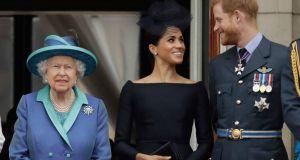 Η απόφαση της Βασίλισσας Ελισάβετ για το Megxit: Η μεταβατική…