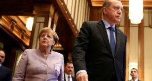 Εσπευσμένα στη Γερμανία ο Ερντογάν – Θα συναντηθεί με Μέρκελ