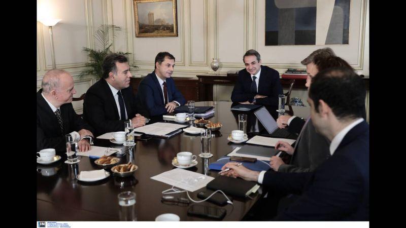 Συνάντηση του Κυριάκου Μητσοτάκη με την ηγεσία του Υπουργείου Τουρισμού