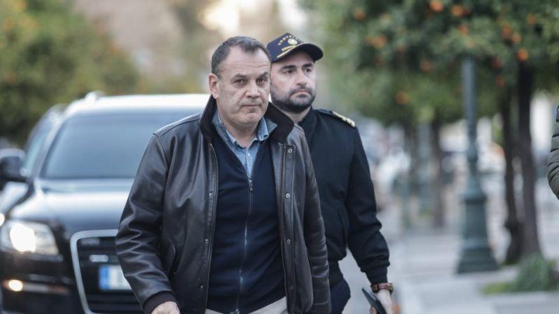 Παναγιωτόπουλος: Ο στρατός μπαίνει στη μάχη για αντισηπτικά και μάσκες