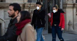 Κορωνοϊός: Δεύτερη ημέρα αύξησης των θανάτων στην Ισπανία
