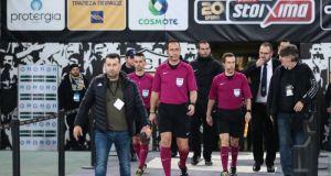 Κύπελλο Ποδοσφαίρου: «Κάποιος άρπαξε τον βοηθό από τα γεννητικά όργανα»