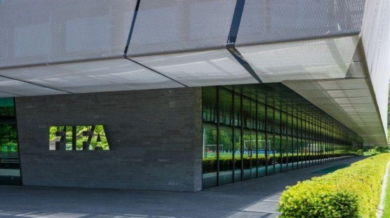 FIFA: Ανοιχτό το ενδεχόμενο τρίτης μεταγραφικής περιόδου