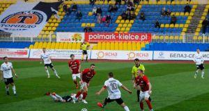 Ποδοσφαιριστής στη Λευκορωσία: «Εδώ είναι σαν να είμαστε σε άλλο…